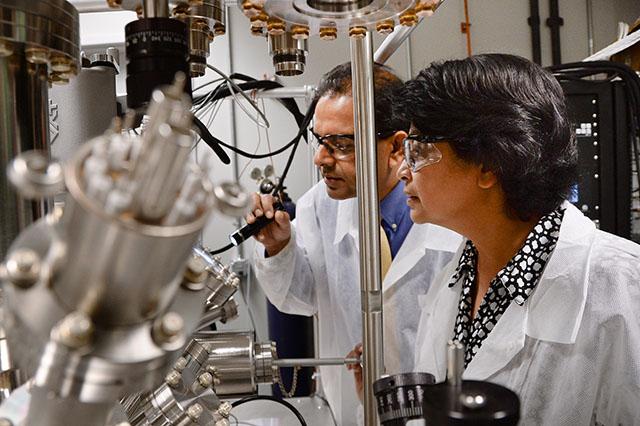 В Сингапуре государство оказывает широкомасштабную поддержку научных исследований