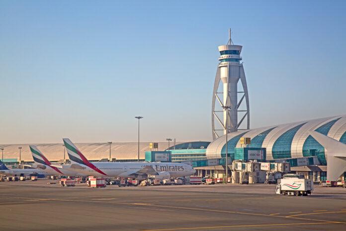 Аэропорт Дубая.