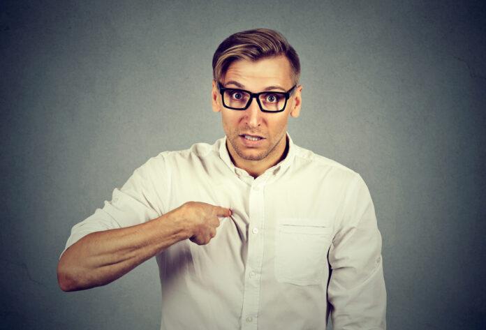 описывая негативный опыт люди используют местоимение «ты»