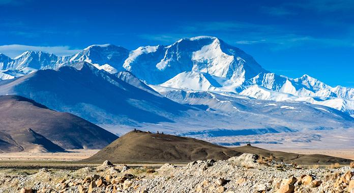 Эверест, вид с Тибета.