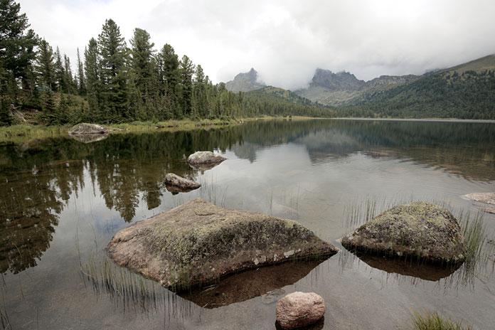 Озера Светлое в Природном Парке Ергаки