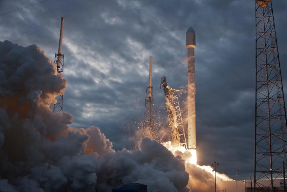 Старт ракеты компании SpaceX