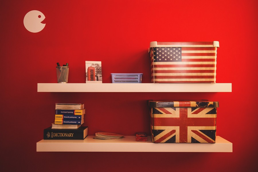 полки, коробки, английский