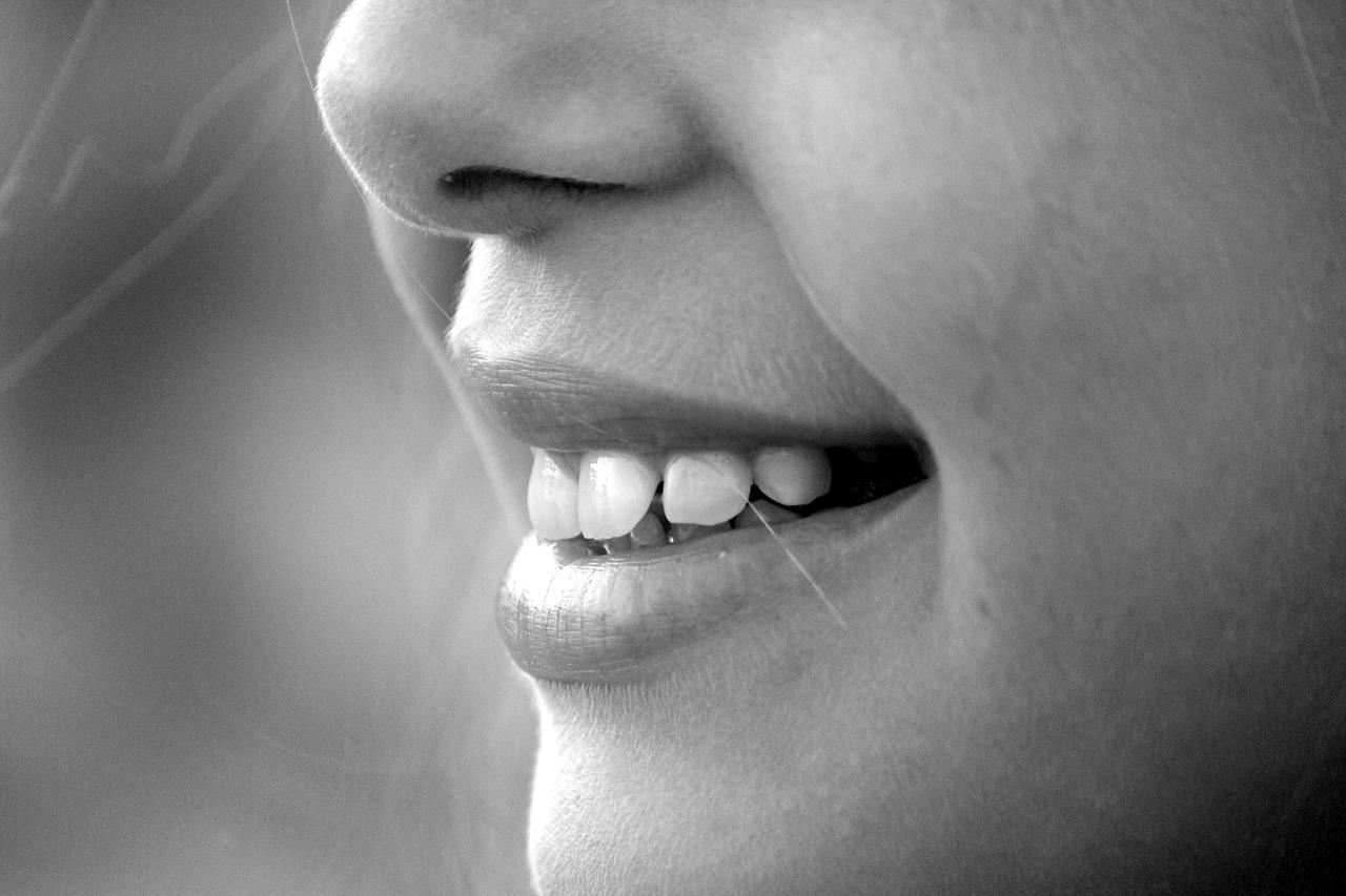 улыбка., кариес, вакцина