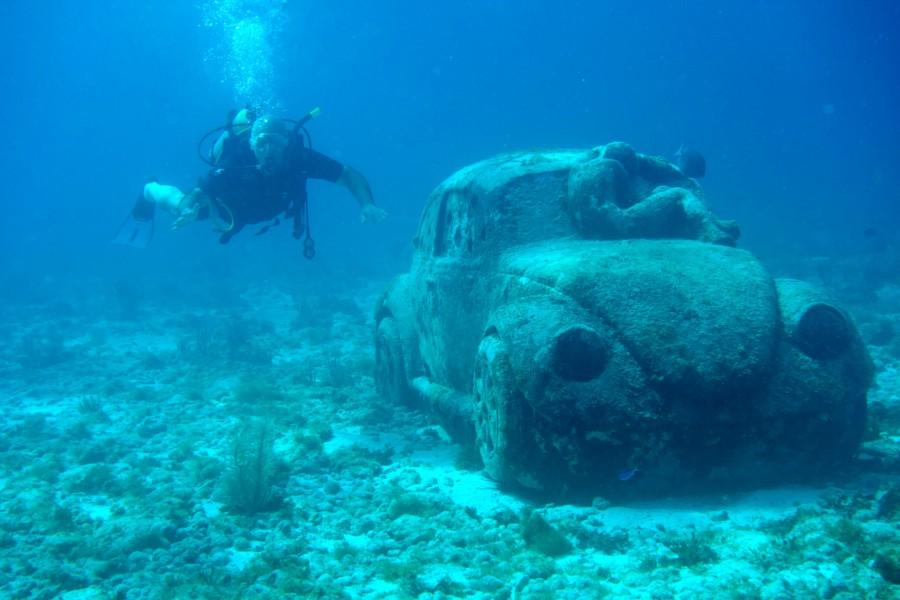 подводный музей, машина