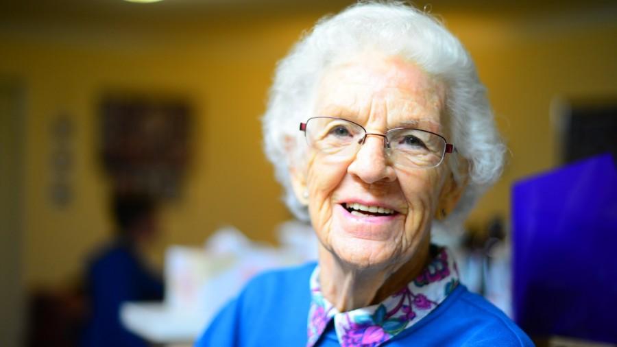 бабушка, старость, улыбка