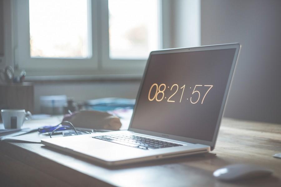 часы, ноутбук, время