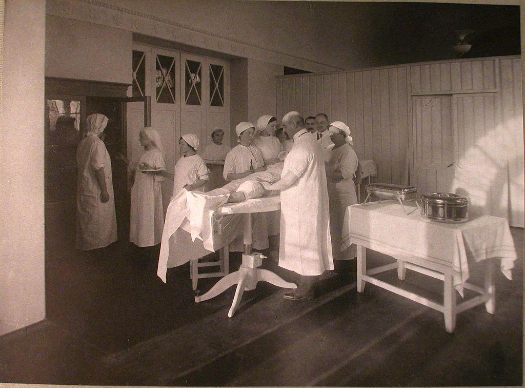 врач, лазарет, операция, медсестры