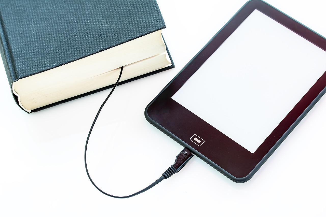 Электронная книга, технологии, провод