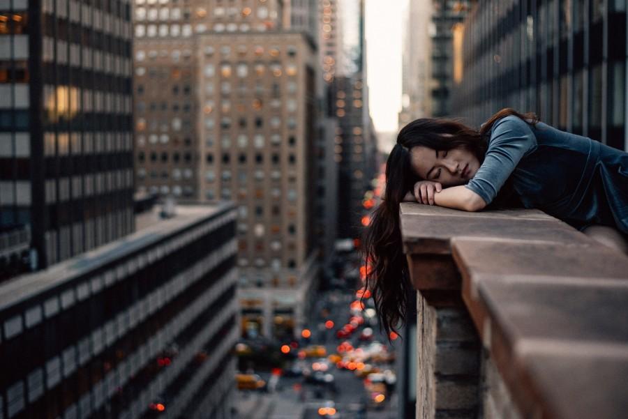 Город, девушка, усталость, сон