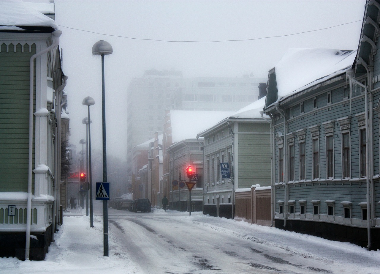 Оулу, Финляндия, дома, снег
