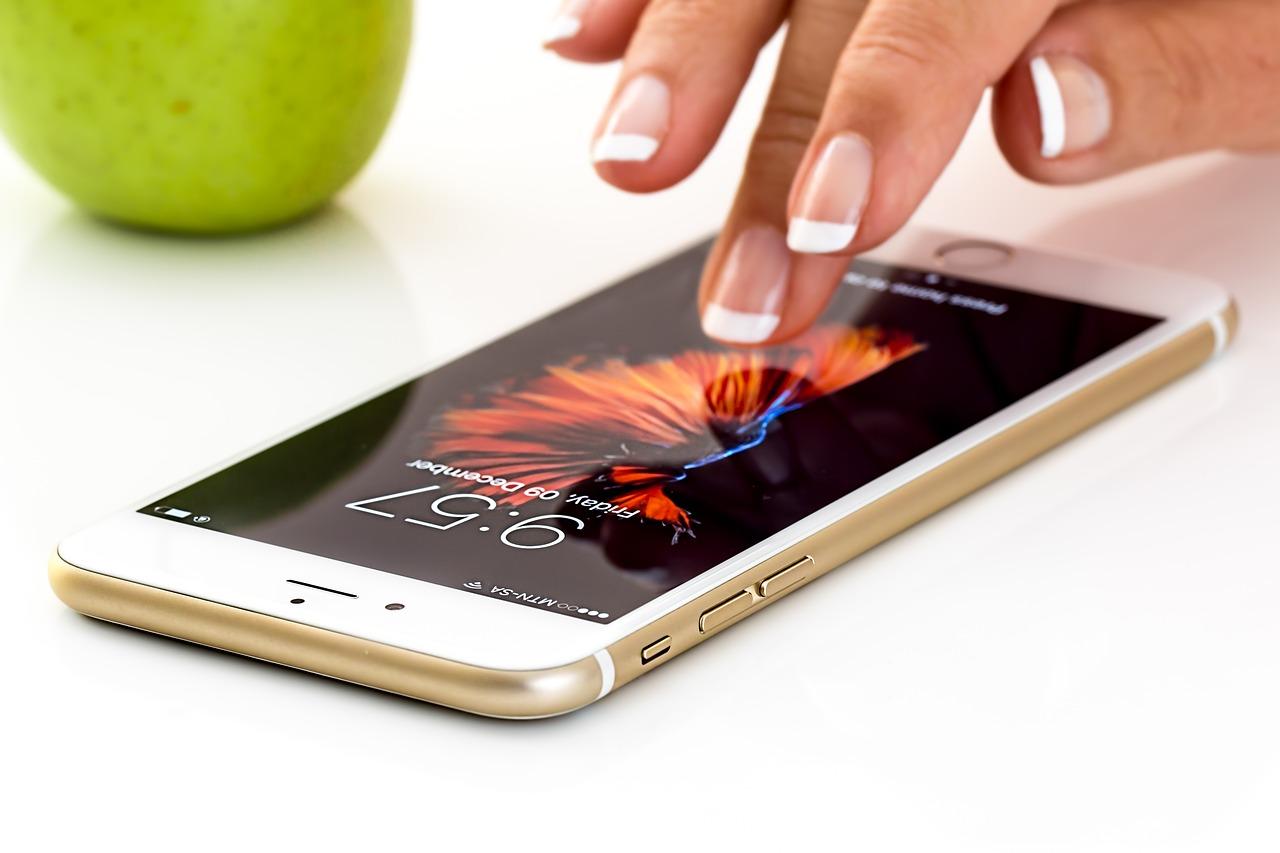Смартфон, дисплей, аккумулятор