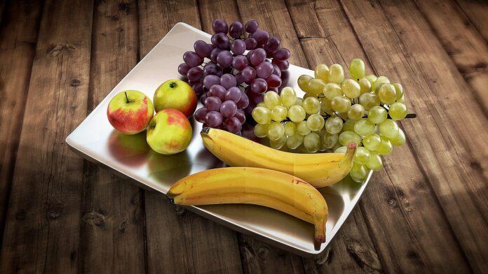 фрукты, банан, виноград, яблоки