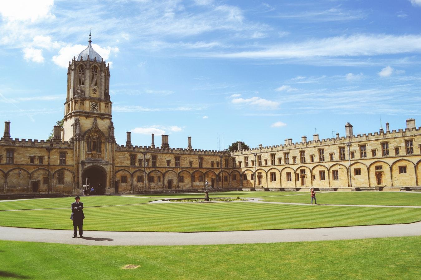 Оксфорд, слово, Британия