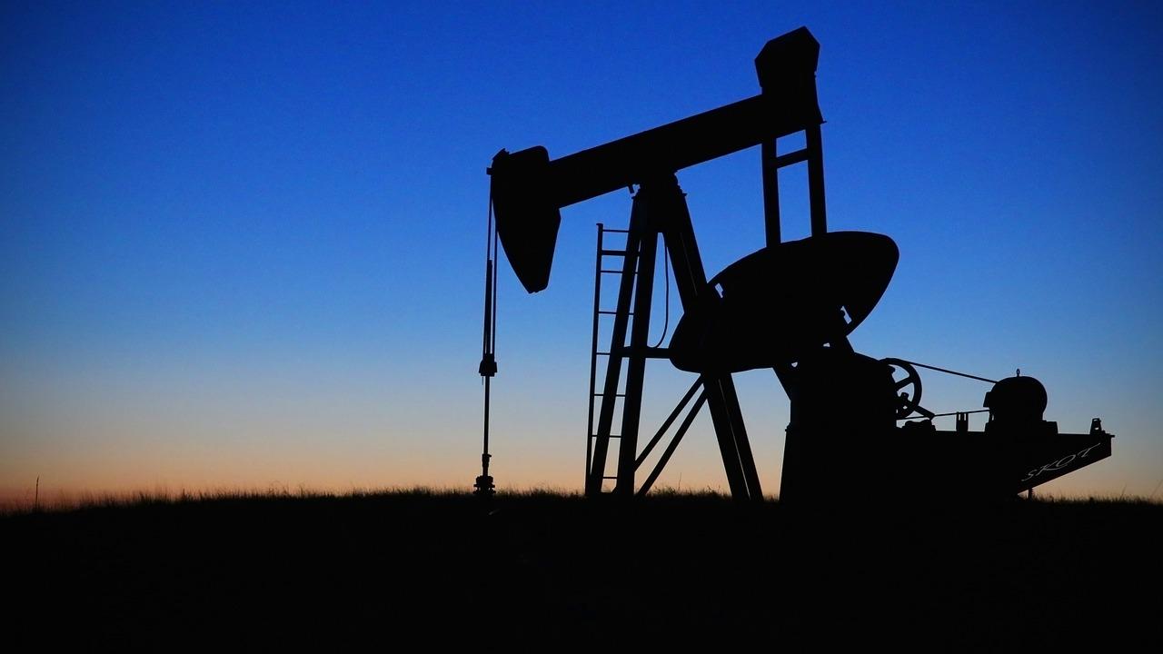нефть, месторождение, добыча
