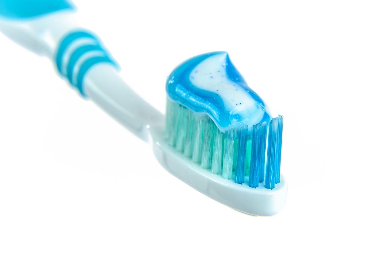 Щетка, зубы, здоровье