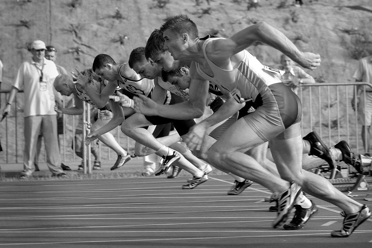 Спорт, старт, бег, движение