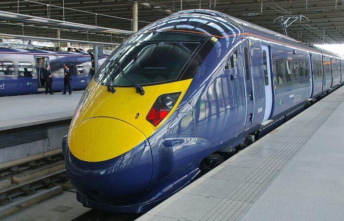 Высокоскоростной поезд в Лондоне